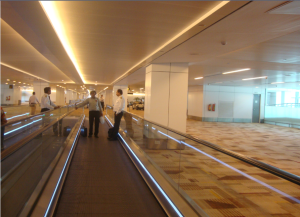 Travelators_at_Indira_Gandhi_International_Airport,_Delhi